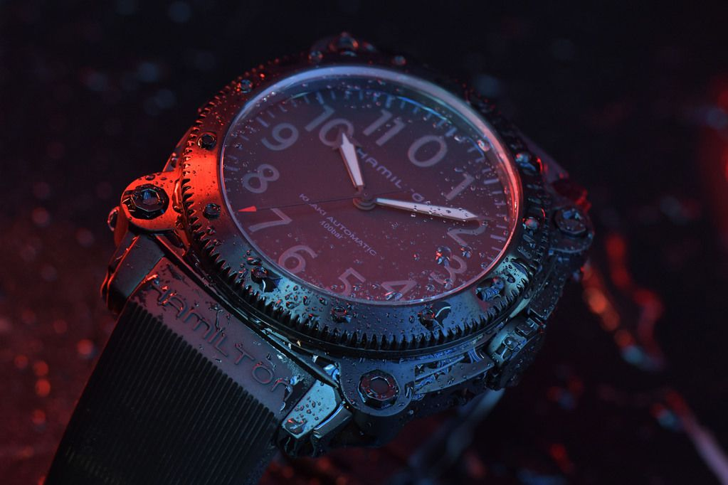 Hamilton Belowzero Titanium Limited Edition Red_H78505332_Lifestyle 1.jpg